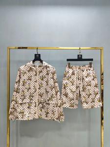 2020 men's fashion sportswear letter embroidery luxury summer sportswear short sleeve pullover jogging pants suit sportswear 556