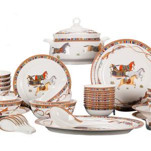النمط الغربي 58 قطع الحصان جميل رسم لوحة العشاء مجموعات الأطباق الملاعق في مجموعة عشاء مجموعات