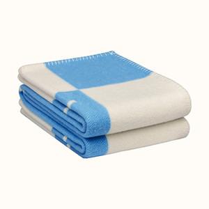 Letra H xale de lã de luxo cobertor de ar condicionado cobertor de cashmere para manter quente engrossado presente de feriado