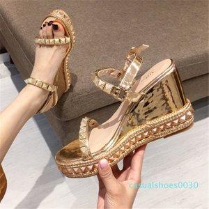Sapatos pretos Sandals Wedge Mulheres Verão Casual Platform Sandals Salto Alto Senhoras sapatos 30c Confortável