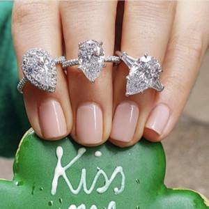 Real 925 стерлингового серебра Создано Муассанит падение кольца для женщин Вечной обручального грушевидной формы огранки ювелирных изделий кольца палец