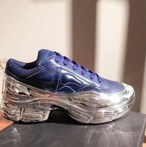 2020 Yeni Erkekler Sneakers Raf Simons Sneaker EE7947 Ozweego Ayakkabı Gümüş Metalik Dip Etkisi Sole Spor Trainer Renkli Erkek Ayakkabı 36-44