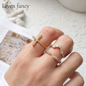 Золотой стерлингового серебра 925 CZ ювелирные изделия микро проложили кубический цирконий любовь боком крест кольцо открыть V образный обручальные кольца женщины кольцо