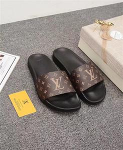 2020 Qualitäts-Luxus-Designer der Frauen Männer Sommer Gummi Sandelholz-Strand-Slide Mode Scuffs Hausschuhe Indoor Schuhe Größe 38-46 mit