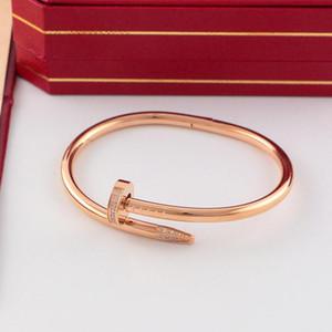 Hotsales 316L de titanio de alta calidad de los amantes del punk marca de acero de uñas mujeres y joyería de los pares del hombre con el regalo del brazalete con la bolsa