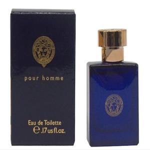 Spray de alta calidad marca Sea God eau de toilette nature para hombres 100 ml de fragancia clásica botella azul en spray de larga duración.