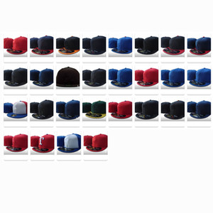 Toptan En Yeni Yaz Klasik Beyzbol Gömme şapkaları Spor Takımı Futbol Basketbol Cap Kadın Erkek Pom Moda Üst Düz Snapback Caps