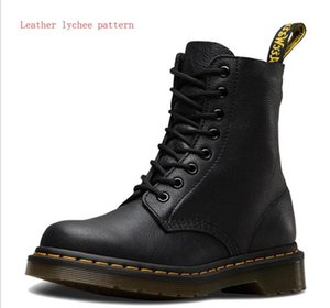 Mens Boots Genuine Leather Ankle Boots for Women Casual Dr. Motorcycle Lychee pattern Autumn Winter Couple Shoes