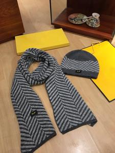 Tapas de diseño de la bufanda Traje Atumn invierno para hombre mujer sombrero de lujo Sacrves mezcla de lana sombreros de la bufanda bufandas Caps Diseño de alta calidad con la caja