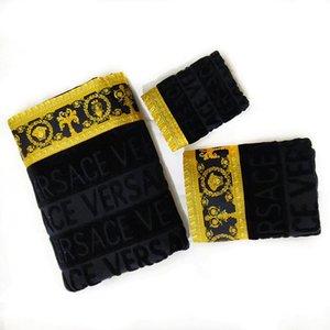 3PCS casas de lujo toallas de baño del Conjunto Barroco de la medusa Diseñador Señalización Imprimir la toalla de playa 100% del algodón de Egipto Matching mismo diseño del hotel Albornoces