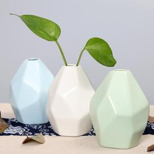 السيراميك زهرية زهرة الجاف الإبداعية بسيط الديكور المنزلية زخرفة هندسية الأوروبي على شكل منقوش زجاجة EEA1409-3 جودة عالية