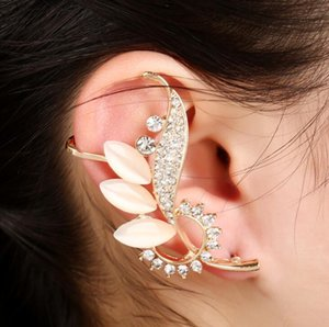 Frete grátis misto 20 pcs personalidade das mulheres liga de diamantes brincos de cristal clipes de ouvido pinos de orelha festa dança lolita crânio punk jóias 42