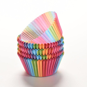 Оптово 100 шт радужные кекс бумажные вкладыши Muffin Cases Cup Cake Baking яйцо пироги трей кухонные принадлежности Кондитерские изделия декорирования Инструменты