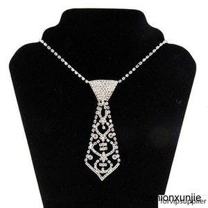 Sexy Алмазный композит ожерелье Живот цепи сердца Rhinestone Чокеры галстук и пояс Lady Online 3шт бесплатная доставка