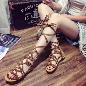 Longueur au genou sexy Croix-Tie Sandales Femme Gladiator Sandales Femmes Bracelet Croix hautes sandales bottes
