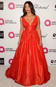 Kim Kardashian roter Abend-Kleid-Qualitäts-reizvolle tiefer V-Ausschnitt-Partei-Kleid-formale Berühmtheit spornte Ereignis Kleid