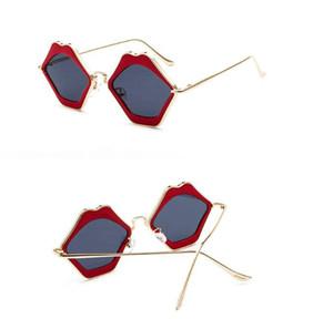 Red Sexy Lips Forma Óculos de Sol QUEM CUTIE Sexy Ladies Verão Óculos de Armação de Liga Óculos de Sol