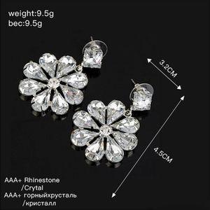 Gelin Kulak Tırnak Kristal Çiçek Eardrop lüks Twinkle Rhinestone Küpe