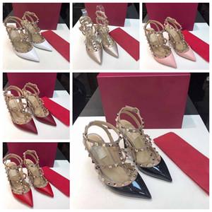 2020 Marca Rivet Vestido sapatas do desenhador saltos altos vermelhos Bottoms Studde Spikes de couro das mulheres do banquete de casamento Sneakers Desporto 35-42 Com Box
