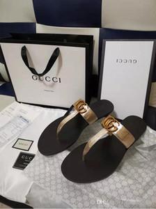 2019 sehr !!! neuesten Luxus-Frauen Beliebte Leder Sandale Striking Gladiator Art-Designer-Sohle Perfekte flache Segeltuch Plain Sandalen