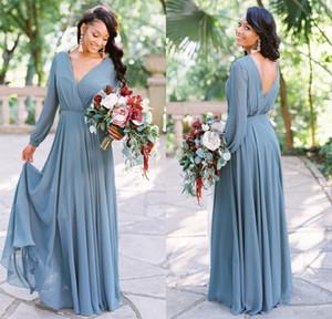 Country Style 2019 Neue Ankunft Dusty Grey Boho Brautjungfernkleider V-Ausschnitt Lange Ärmel Chiffon Partykleid Günstige Hochzeitsgast Kleider BM0238