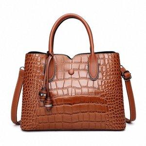 In pelle di alta qualità 2020 Nuovo Inverno di lusso Womens tracolla Moda maggiore capacità selvaggio disegno casuale signora Handbag Famous k5vV #