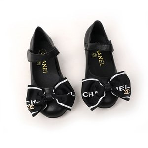 Hot selling girls high-end leather shoes children's leather flat shoes soft bottom buckle sandals leather shoes