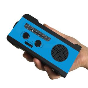 متعدد الوظائف AM / FM / WB Radio Hand Chronk 2000mAh Phone Charger Protable Emergency Led Flight And Power Bank