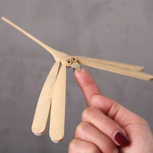 Popüler Yenilikçi Bambu Dragonfly Denge Kuş Denge Kartal Danışma Ekran Doll Oyuncak Kid Ev Dekorasyon Sanat El Sanatları