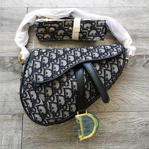 İşlemeli mektup çanta debriyaj çanta sınır ötesi sıcak moda trendi eyer çanta bayan kadın zarif bir açık beyefendi
