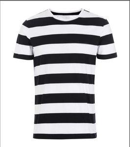 CDG Play Commes Mens Designer T Shirts con el corazón Deporte Tee Shirts des Garcons White Pablo Stripe Shirts para los vetementos de verano