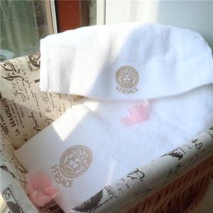 Casual asciugamani set con il contenitore 100% cotone bianco Asciugamano bagno due pezzi Acqua Assorbimenti morbido asciugamano caldo