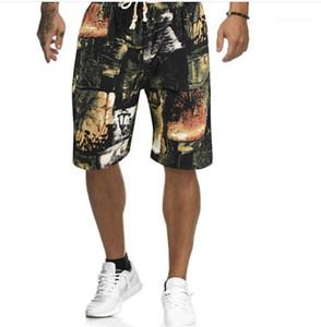 Longitud de la rodilla diseñador cordón Beach Los hombres cortos sueltos casaul de ropa para hombre floral de la vendimia Imprimir cortos de verano