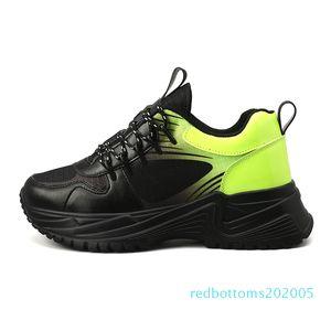 Tripler Fashoin Luxo Run Away pulso Triple S Mens Designer Oxford Futebol Tênis Rubber Platform instrutor Casual Leather Sneakers r05