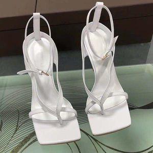 Nuevas sandalias de cuero de lujo de los altos talones de las mujeres de Flip Flop Shoes correa de T-partido de la moda deslizadores de las sandalias supermodelo Catwalk los tacones altos