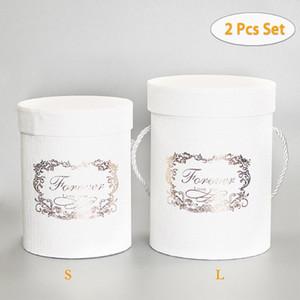 2Pcs S / L Набор цветов Упаковка коробки Цветочные Круглый Hat Бумажные коробки для хранения Hug Ведро с крышкой Ведро с крышкой Свадебные конфеты Подарки Box