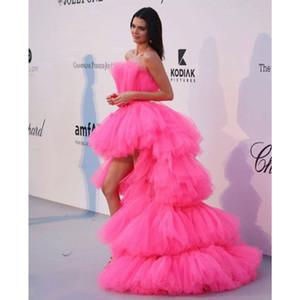 Hot Pink Alto Bajo Prom Vestidos fuera del hombro con gradas del vestido de tul Hola partido de tarde bajo el vestido formal 2020 Chic largo