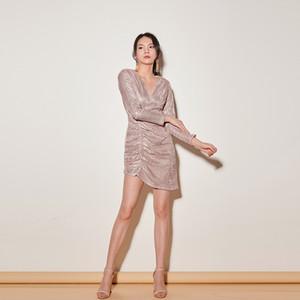 Vestido de mujer atractiva brillantes v-cuello delgado de manga larga de mini vestidos del partido del club de noche asimétricos femenina