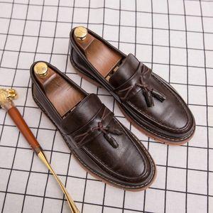 Chaussures Hommes Casual Chaussures en cuir d'affaires Tassel Mocassins Mode formel Loisirs Marche Plateforme Moccasin Homme