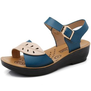 New mother sandals women's flat bottom comfortable non-slip soft bottom women platform sandals sandalias mujer women shoes
