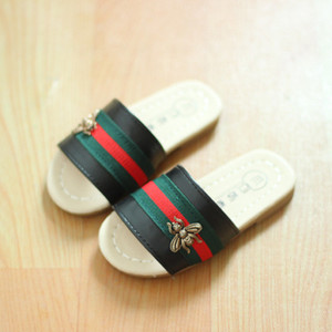 Childrens Designer falhanço de aleta Meninas Marca Bee Chinelos de crianças Casual plano com sapatos Estilo Verão Crianças Chinelo Casual Sandals Top Quanlity