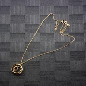 Kadın Daire kolye Bayan Siyah Sedef Dönen Kolye Kolye Kadın Gül Altın Zincir Charms Güzel Takı