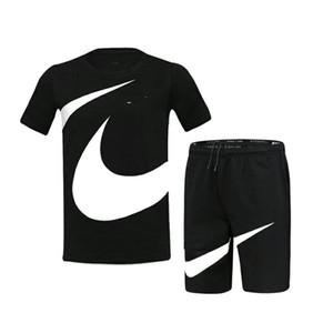 Verano manga corta para hombre Sportsuit marca de diseño para hombre del chándal de lujo camisa corriente + T shorts fija Trajes tapa y los cortocircuitos 2052604L