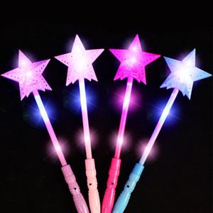 1 pcs Estrela LED Brinquedos 3 Modos de Luxo LEVOU Estrela Mágica Varinha Flashing Light Up Glow Vara Para Festa de Natal Colorido Light-Up brinquedos