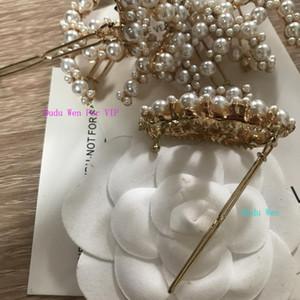 benutzerdefinierte Mode Metall Haarspangen C C Klassische Metall Perlen Design Haarnadeln Stift klassischen Haarschmuck-Parteigeschenk VIP Papierkarte Pullover