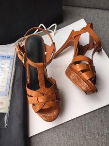 La venta caliente del verano diseñador de zapatos de vestir de las mujeres homenaje diapositivas zapatos de mujer partido clásico patrón de piedra