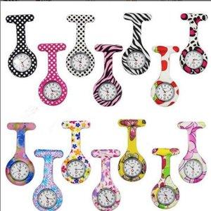 Krankenschwester Uhren Arzt Fob Quarzuhr Silikon Tasche Medizinische Uhr Brosche Uhren Bunte Tarnung Drucke Tunika Pin Uhren LT77