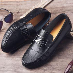 Zapatos LEOSOXS los nuevos hombres de los zapatos de cuero auténtico Suela suave y transpirable hebilla de metal de los mocasines de los zapatos ocasionales planas de apriete de los hombres