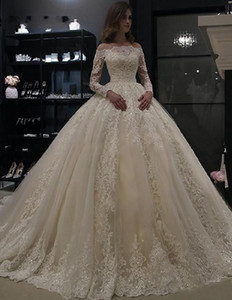 New Plus Size Ball Gown Wedding Dress Vintage Lace Appliques Off Shoulder Long Sleeves Wed Gowns Zipper Back Country Bridal Wed Gowns