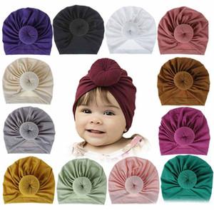 18 Farben Kinder Accessoires Neugeborene Kleinkind-Kind-Baby-Jungen-Mädchen-Turban Cotton Strickmütze Winter-warme weiche Cap Fest Knot Soft-Wrap